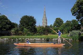 Salisbury Punting image 3